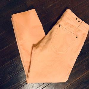 CAbi Peach Nectar Straight Leg Skinny Jeans SZ 8